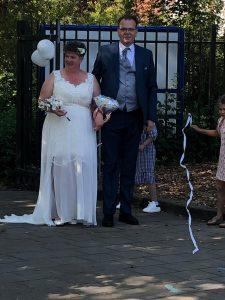 Juf Lé-Anne trouwt met haar Ben.